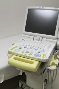 乳房超音波検査装置